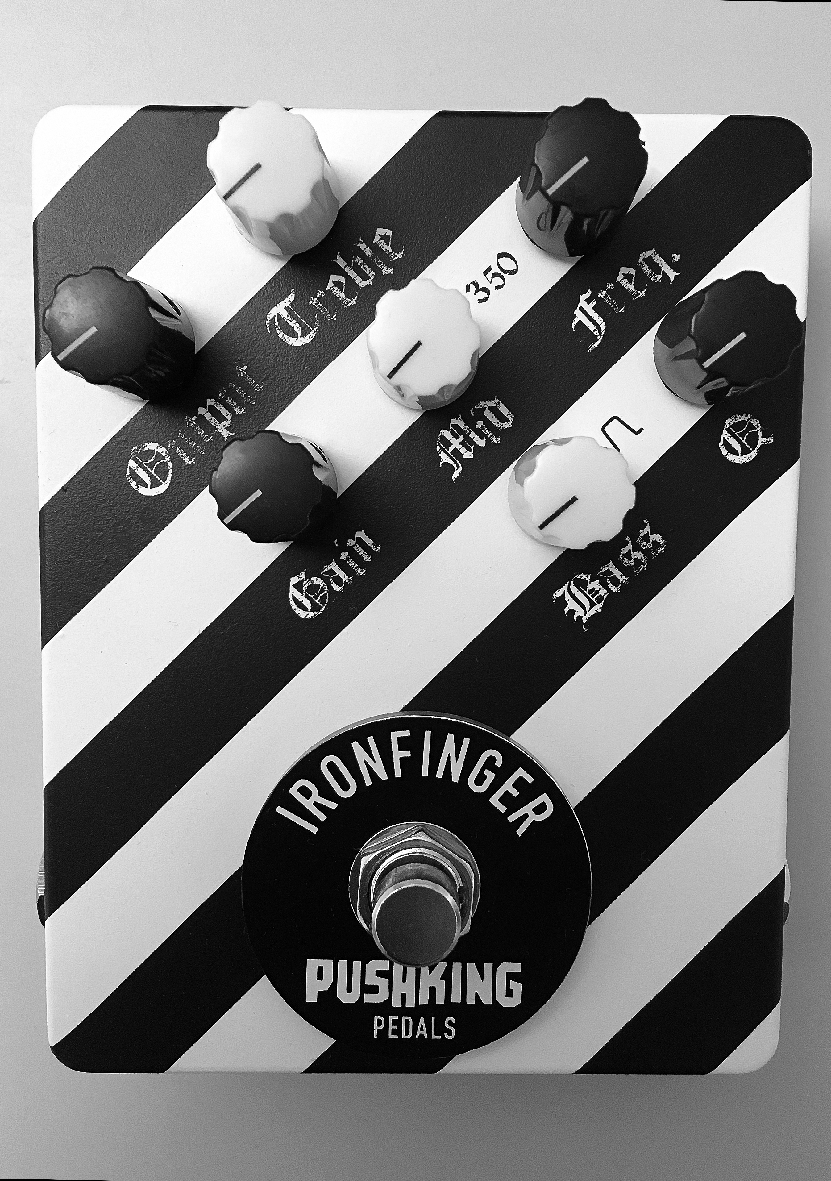 IRONFINGER Distortion Pedal
